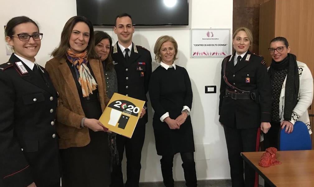 """Lotta alla violenza sulle donne: """"patto"""" tra i carabinieri e il centro ascolto """"Donna"""""""