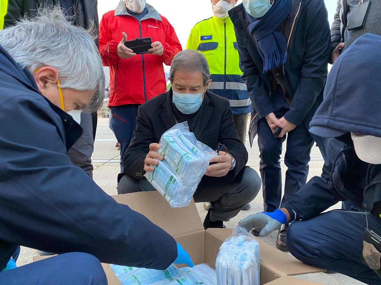 Arrivano le mascherine: oltre due milioni in distribuzione in tutta la Sicilia