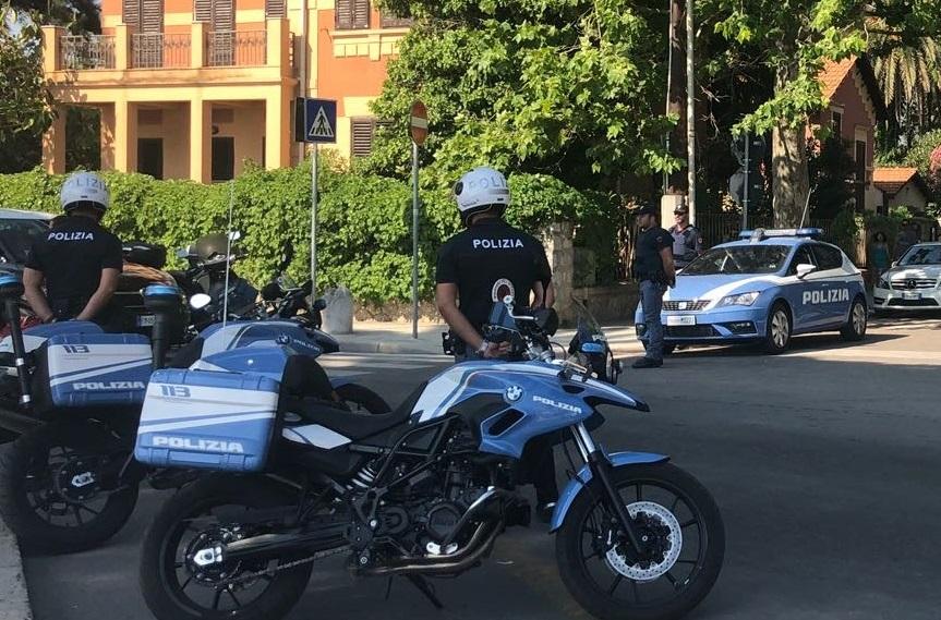 Sfruttano la quarantena per andare in giro a rubare in ville e negozi: arrestati