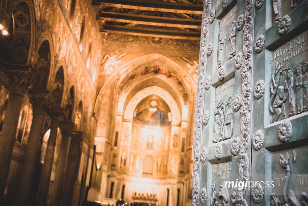 Il restauro dei mosaici del Duomo: si usano anche le ceneri vulcaniche