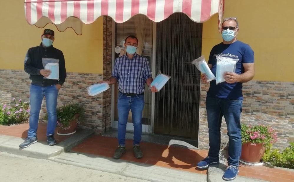 La chiesa evangelica dona mascherine per la frazione di Grisì
