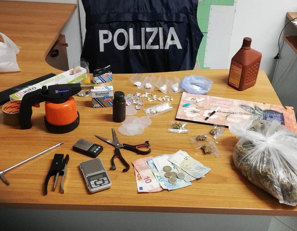"""""""Breaking bad Brancaccio"""": la polizia scova tre laboratori di crack"""