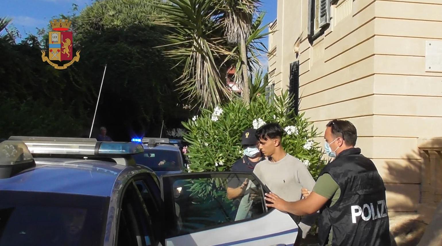 Minorenni accoltellati e picchiati a Mondello: 4 arresti