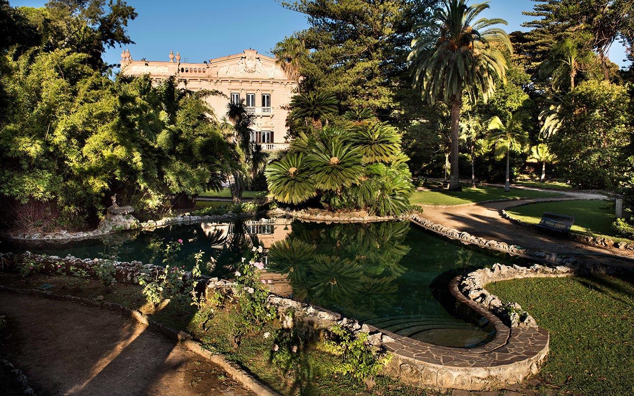 Antichi agrumeti, alberi rari e secolari: il parco di Villa Tasca apre al pubblico