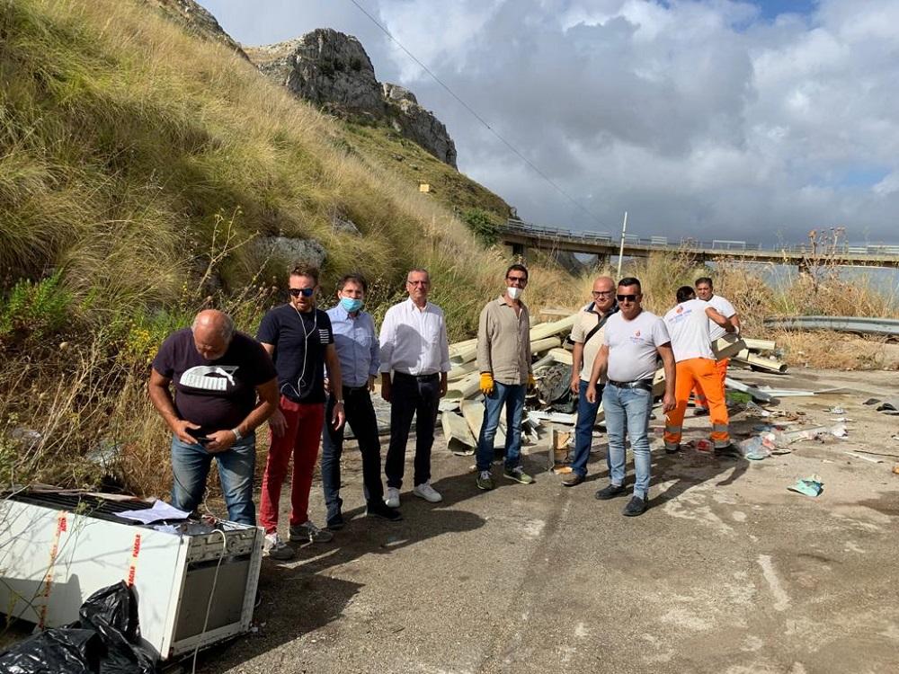Sinergia tra Monreale e Piana: ripulita la discarica del viadotto Sant'Antonino