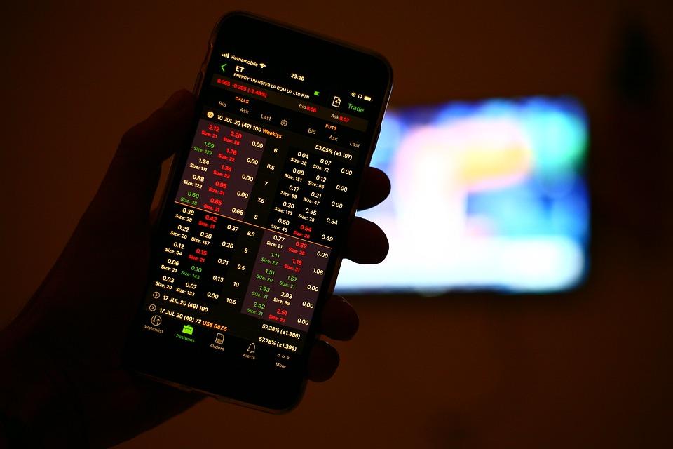 Investimenti finanziari: sempre più italiani puntano sul trading online