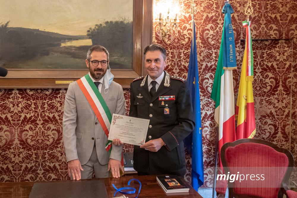 """Il colonnello De Simone nuovo cittadino monrealese: """"Un onore"""""""