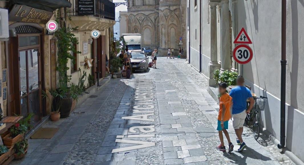Covid, stretta anche a Monreale: divieto di stazionamento nel centro storico