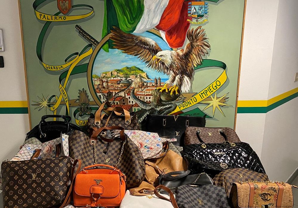 Merce contraffatta e 81 mila euro in cassaforte: arrestato commerciante