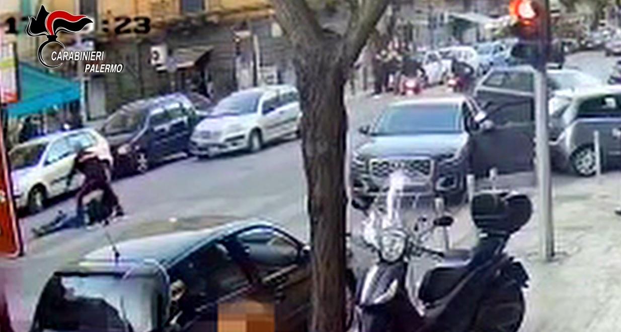 """Carabiniere affronta 4 malviventi e sventa rapina: """"Fatto solo il mio dovere"""""""