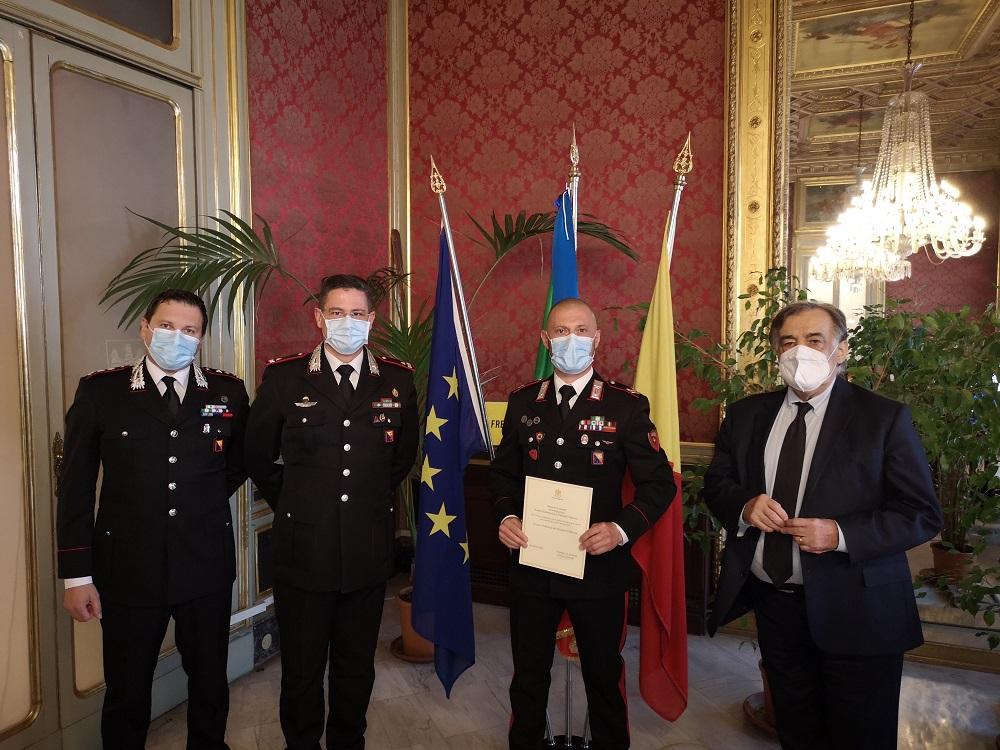 """""""Tessera preziosa del mosaico"""" al carabiniere che sventò rapina a Palermo"""